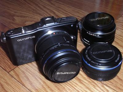 E-PM1 body and lenses